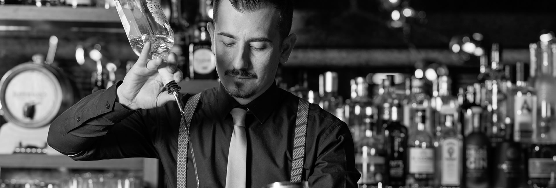 Learn about the meticulous Martini craft and create a true cocktail in this exclusive masterclass