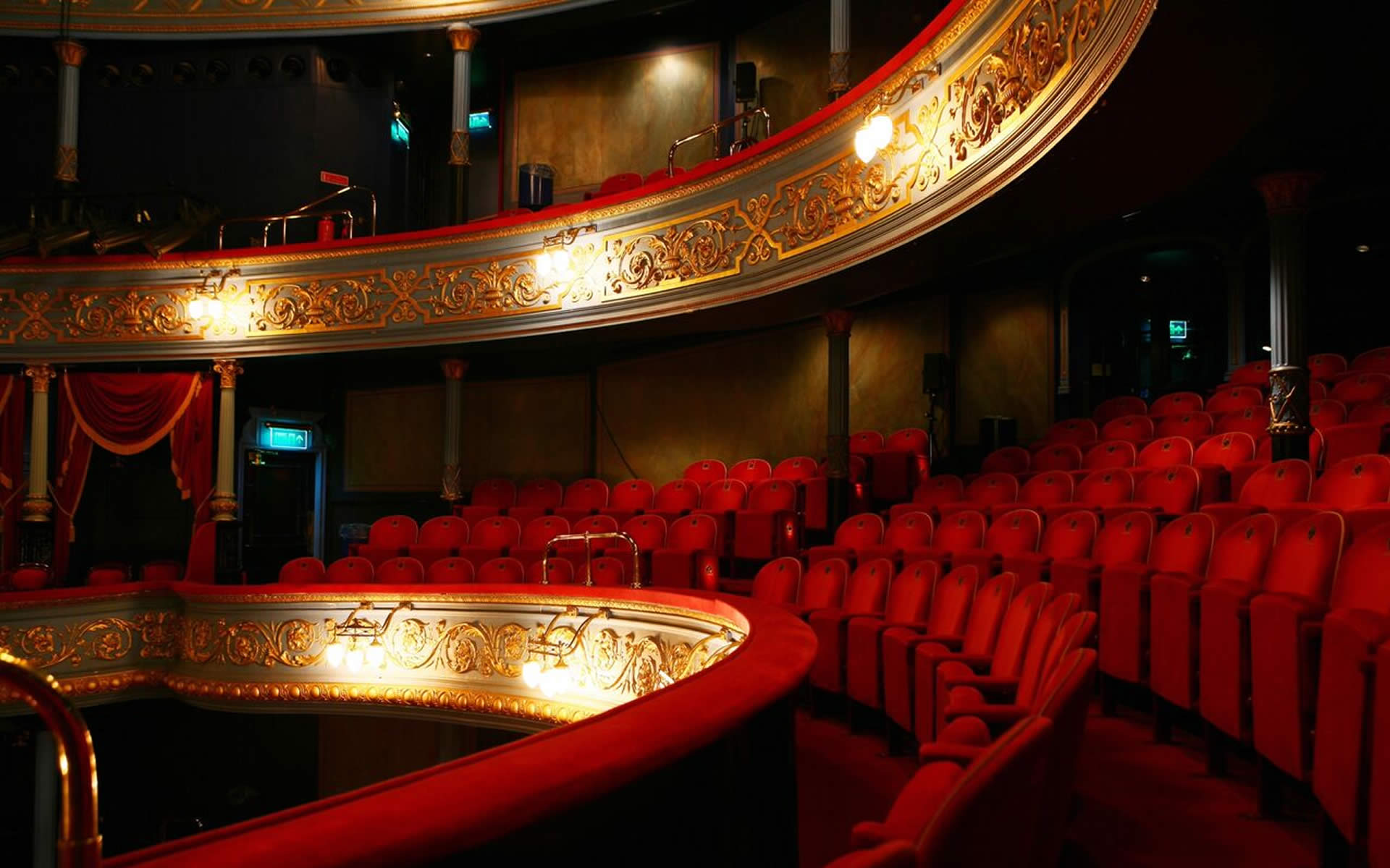 RESTAURANT PARTNER OF<br>THE ROYAL LYCEUM THEATRE